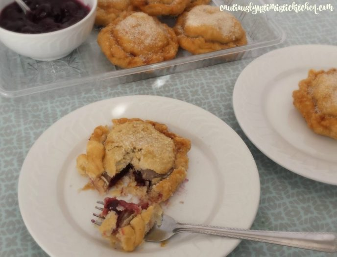 fried-cherry-pies