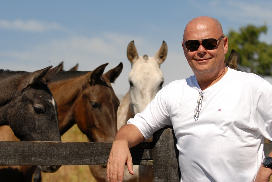 Victor Oliva, empresário e criador de cavalos Puro Sangue Lusitano
