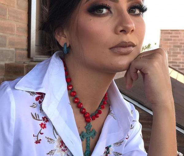 Navajo Western dita moda com muito turquesa nas peças