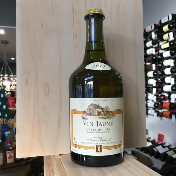 vin jaune 1 rotated - Dom. P. Richard Vin Jaune 2011 - 62 cl