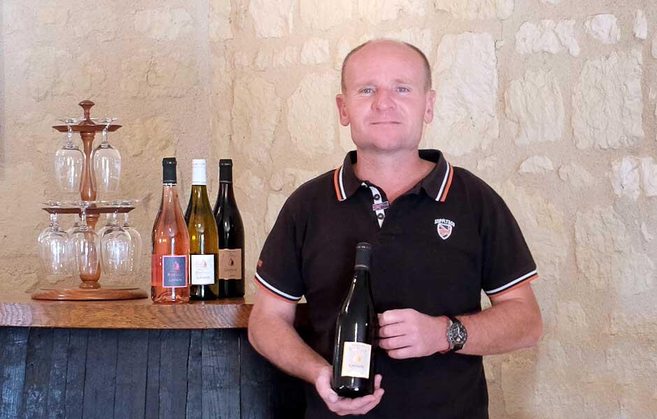 Julien Raffault vigneron au domaine du Raiffault à la Cave Monplaisir de Chinon