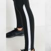 Highwaist Side Braided Knee Trim Leggings - Closeup