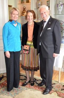 Dotter och mor, Leg.läkaren Harriet Nyström, Zaida Benktander och jubilaren.