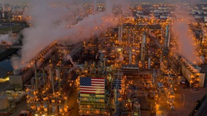 https://i2.wp.com/caymaneco.org/yahoo_site_admin/assets/images/LA_refinery_Californias_largest_producer_of_gasoline_Getty_Images_BBC.29110009_std.jpg?w=696&ssl=1