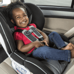 Drivers warned kids must wear seat belts