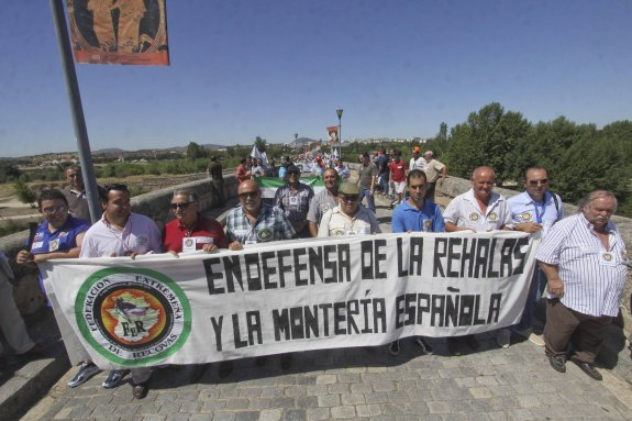 Manifestación Mérida rehalas