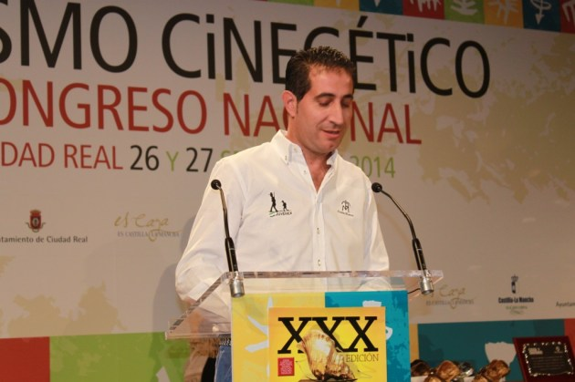 Alberto Covarsí, presidente de JUVENEX, caracola de oro honorífica 2014.