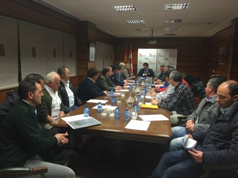 reunion junta CyL ganaderos tema lobo