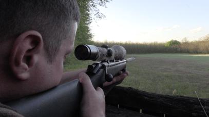 5 encarando el tiradero cazador