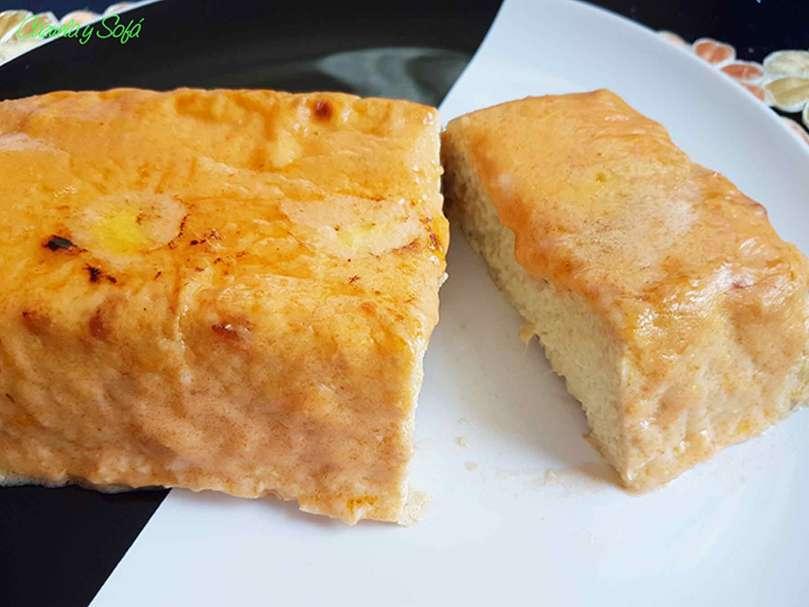 pastel-de-puerro-y-gambas-con-salsa-aurora