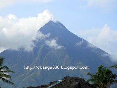 Mt. Mayon as seen from the Cagsawa ruins.