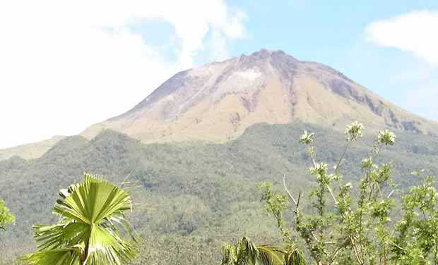 2016_0621_Mt-Bulusan