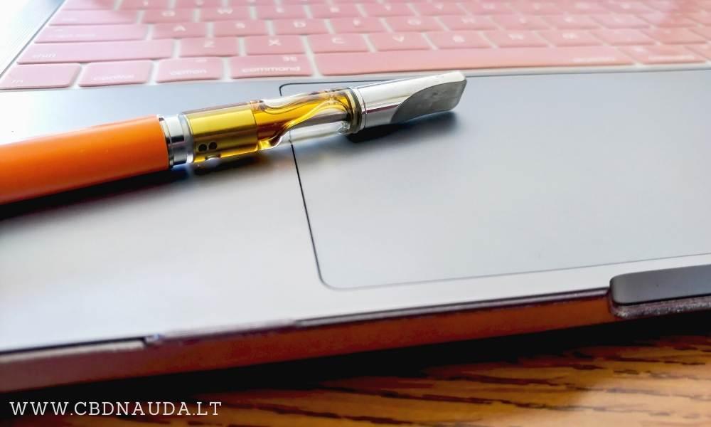 THC vape skystis esantis elektroninėje cigaretėje