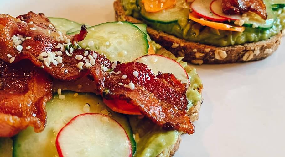 Dr. igor's smashed avocado toast with bacon & hemp hearts recipe