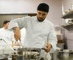 Ajudante de Cozinha