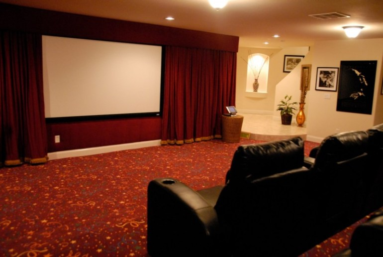 15 awesome basement home theater cinema room ideas Home theater colors