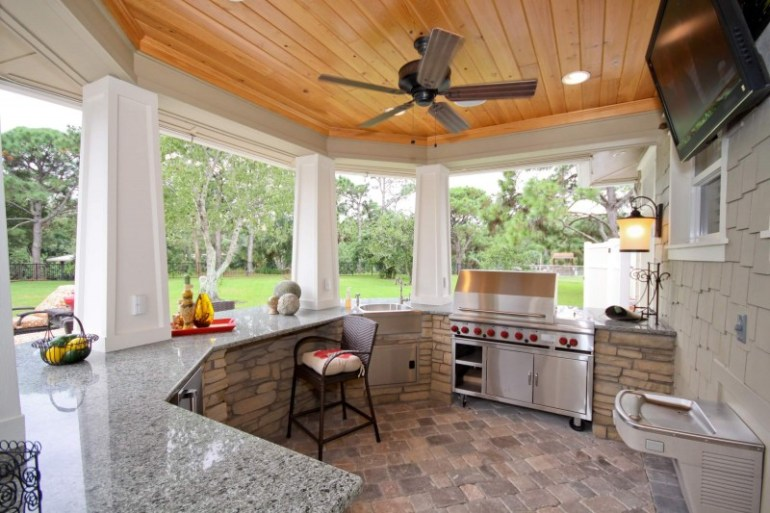 outdoor kitchen designs on a budget
