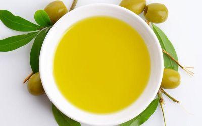 ¿Por qué pica y amarga el aceite de oliva?