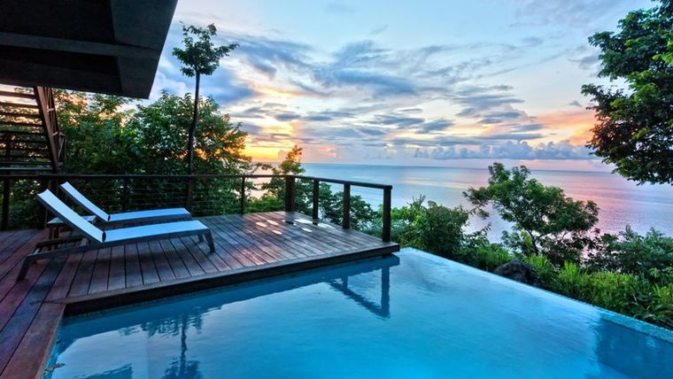 Secret Bay luxury resort awards CBI Dominica