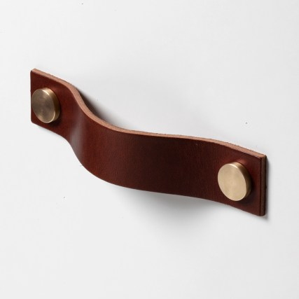 superfront_handle_trunk_cocoa_leather_brass