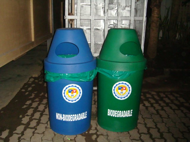 biodegradable and non biodegrable