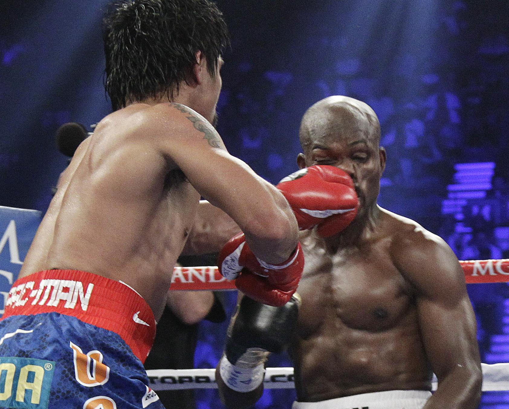 Senators Reid Mccain Push Bill To Regulate Boxing