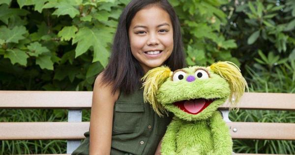 """Sesame Street"" addresses opioid crisis as Muppet"