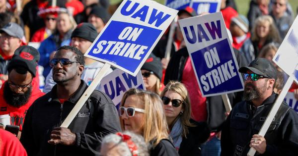 GM and the UAW reach a tentative deal to end auto strike