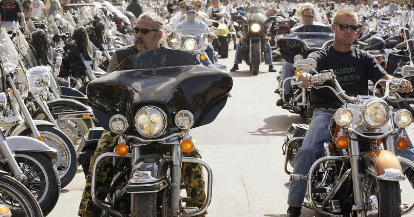 Police Clubs And Biker Gangs Blur Lines