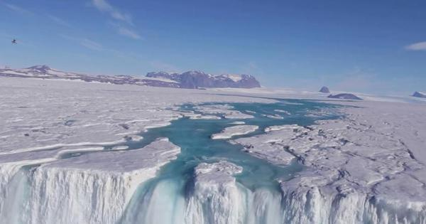 Climate change report warns oceans warming and rising faster, putting lives at risk