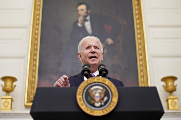 Biden Ramps Up Covid Fight With Orders Nixing Trump Policies