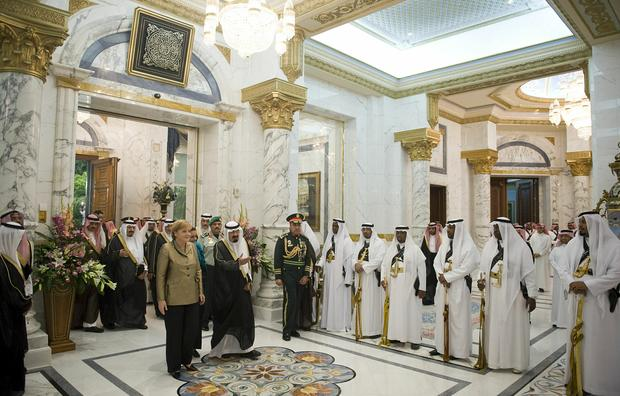 4 A Whole Private Palace 10 Perks Of A Saudi King