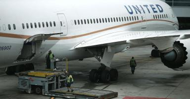 United's new boarding rules take aim at gate congestion