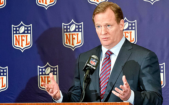 Roger Goodell and the NFL have reached a settlement with retired players that could cost $1 billion. (Getty Images)