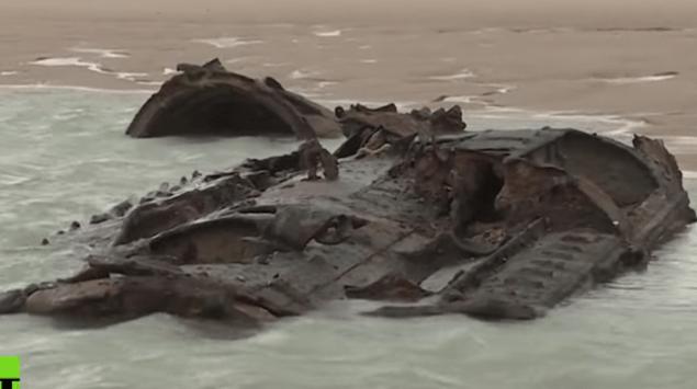 VIDEO: Emerge submarino de la Primera Guerra Mundial