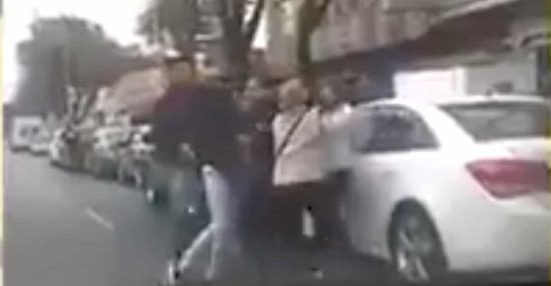 VIDEO: Se registra riña entre automovilistas formados para cargar gasolina