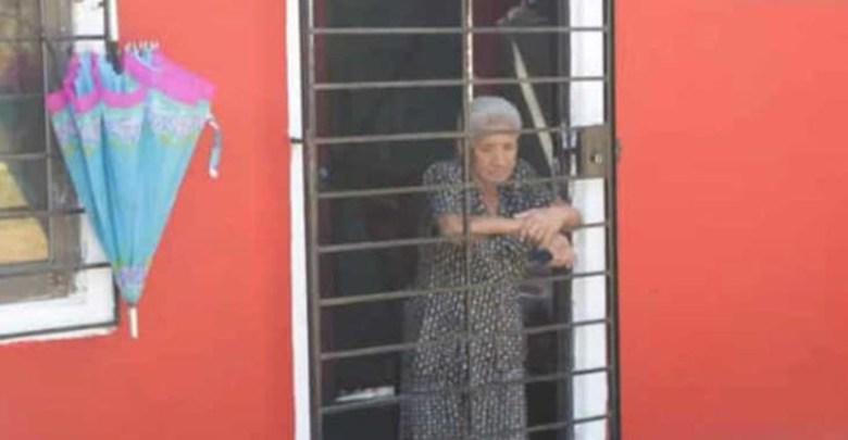 Encadenan por alcohólica a abuelita en Veracruz