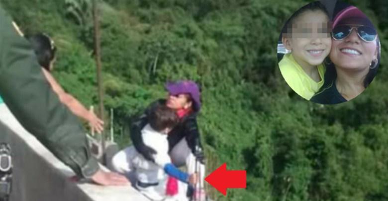 Mujer se lanza desde un puente junto a su hijo de 10 años