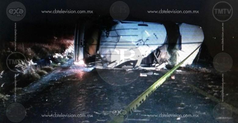 Joven copiloto pierde la vida en aparatosa volcadura en la carretera Zamora-La Barca