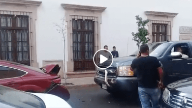 VIDEO: #LadyCheyenne choca el auto de su pareja dos veces al verlo con otra