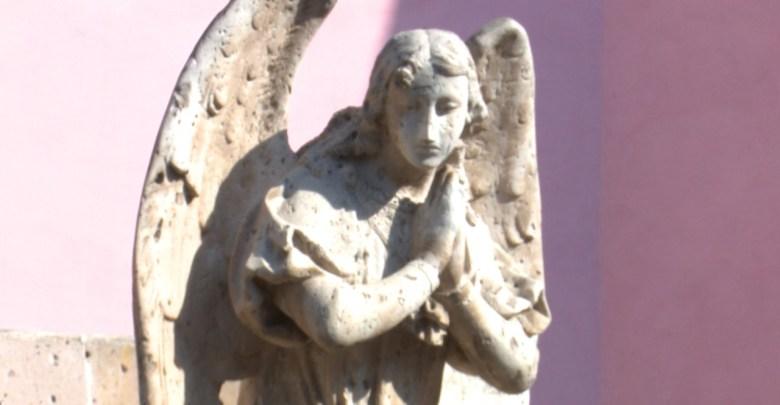 Ciudadanos denuncian desatención a la Pila del Ángel