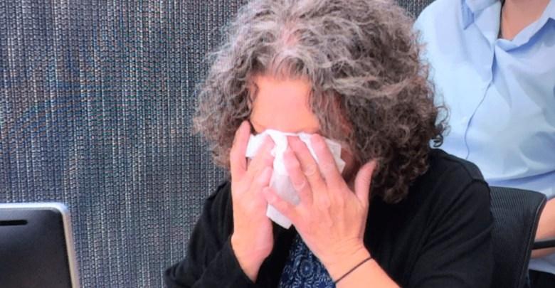 Madre que asesinó a sus hijos llora porque los extraña