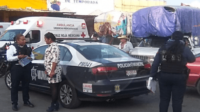 Explosión de cohete deja tres lesionados en el festejo del Aniversario del Mercado de Abastos
