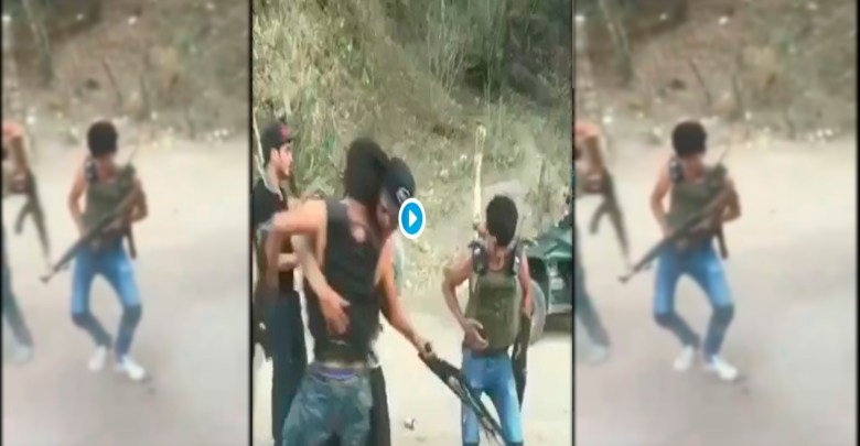"""Video: """"Los Marucheros"""", mujeres y niños sicarios en México"""