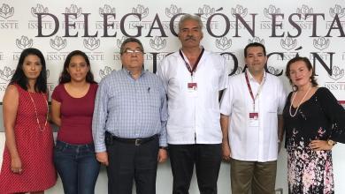 Mireles nombra nuevo Director Médico del ISSSTE Zitácuaro, se da prioridad a jubilados y pensionados para reincorporarse