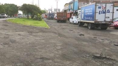 En pésimas condiciones una de las calles aledañas al fraccionamiento Ana María Gallaga, vecinos exigen solución