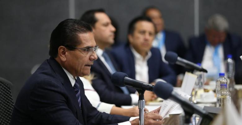 Propone Silvano Aureoles ante FGR estrategia nacional para combatir homicidio doloso
