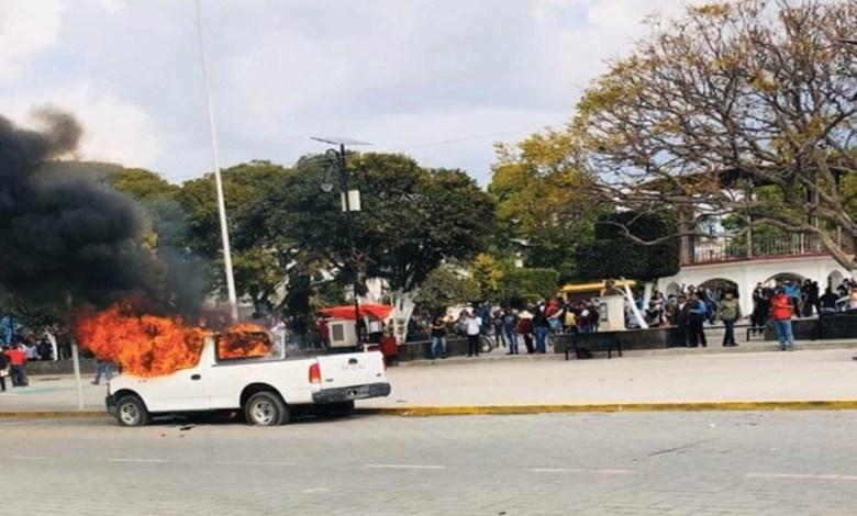 Pasa en México: Pobladores se levantan contra alcalde