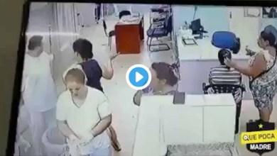 Photo of Video: Mujer roba el celular del médico que atendía a su familiar en el hospital