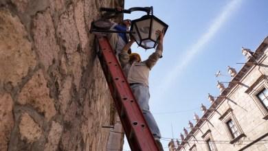 """Photo of Avanza programa """"Juntos Iluminando Morelia"""" a un 98% en el municipio; Morón Orozco"""